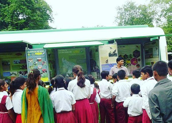 नाम – मुकेश शुक्लापद – पर्यावरणविद्, जैव विविधता परियोजना अधिकारी (पर्यावरण शिक्षा केंद्र)नवप्