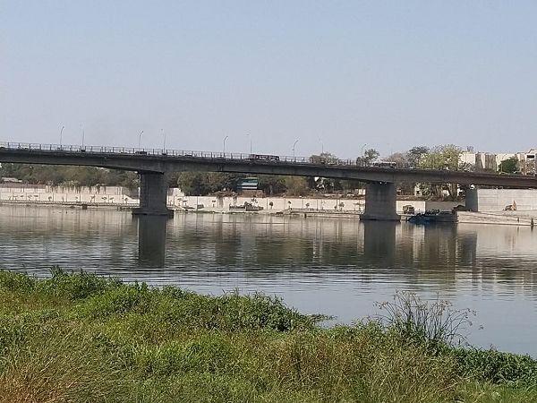 Sabarmati river condition is disastrous – Joint report of Paryavaran suraksha samiti and Gujrat poll
