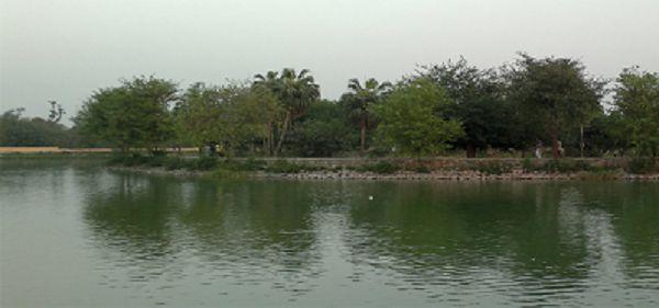 रोहतक  भारतीय जिला रोहतक हरियाणा राज्य में स्थित है. रोहतक नाम हरियाणा के शहर रोहताश के त्रुटिपूर्ण