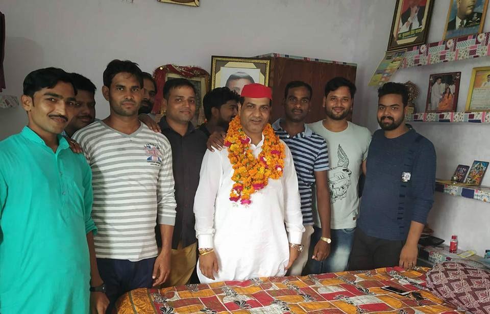 नाम – रामलखन गौतम पद – पूर्व प्रत्याशी, बिल्हौर विधानसभा 209 (सु), कानपुर नगर  नवप्रवर