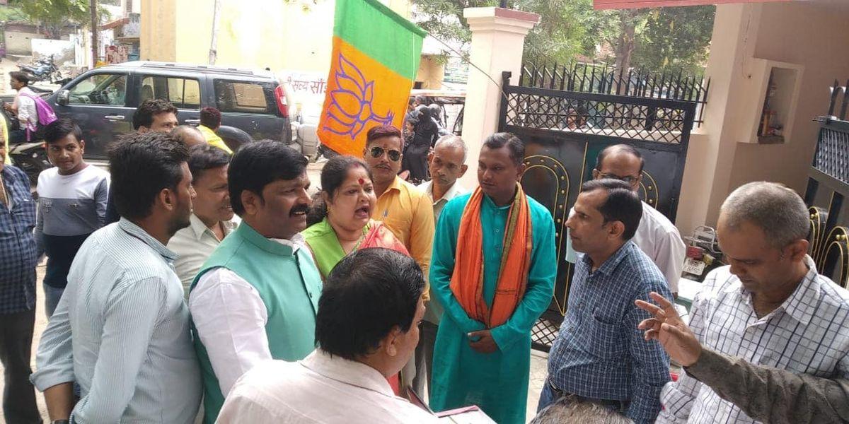 _वार्ड 82, जरौली कानपुर जिले की किदवई नगर विधानसभा क्षेत्र के अंतर्गत आने वाला एक वार्ड है, जो कानपु