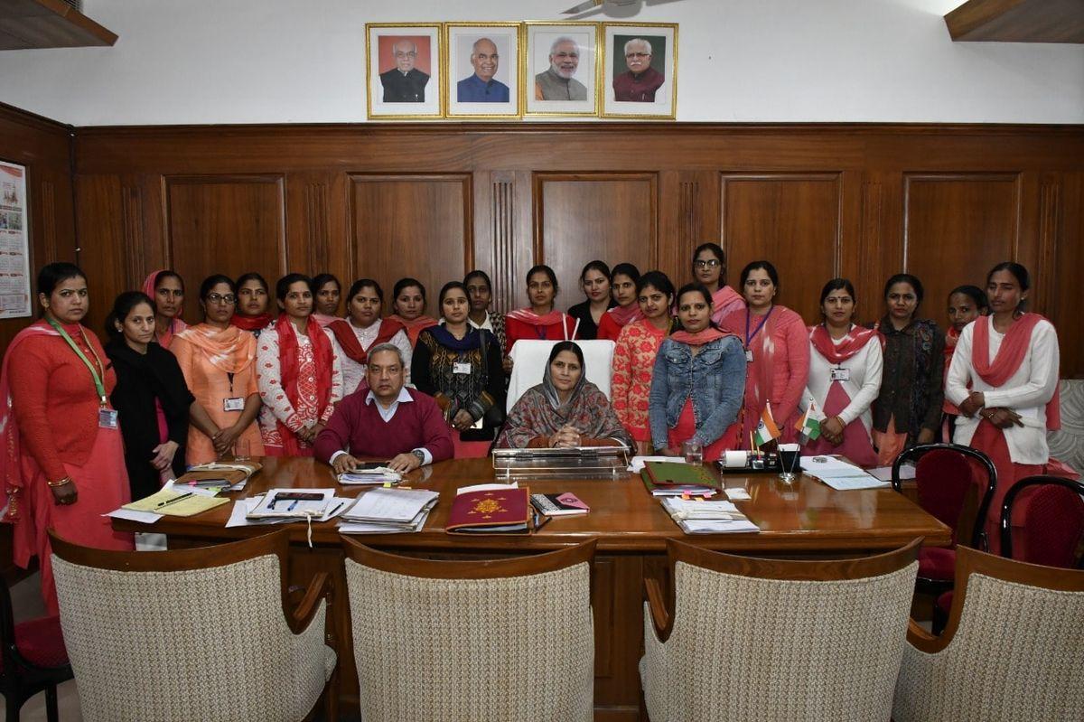 नाम – कमलेश  पद – महिला एवं बाल विकास राज्यमंत्री, विधायक, कलायत (हरियाणा) नवप्रवर्तक कोड - 71