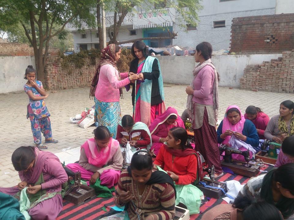 गीतांजलि वेलफेयर एजुकेशनल समिति ग़ाज़ियाबाद जिले में सक्रिय एक सामाजिक संस्था है, जो प्रमुख रूप से महि