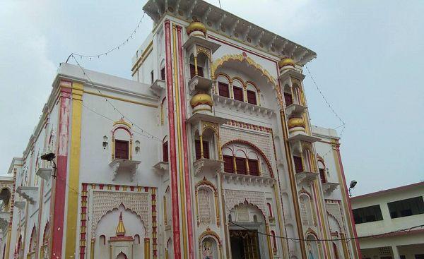 _गोविन्द नगर विधानसभा निर्वाचन क्षेत्र का प्रमुख हिस्सा रावतपुर, वार्ड 60 विशेषत: एक ग्रामीण क्षेत्र