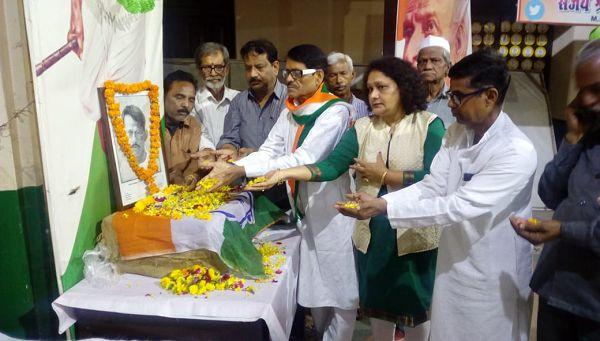 कानपुर महानगर कांग्रेस कमेटी – पत्रकार शहीद गणेश शंकर विद्यार्थी के 88वें बलिदान दिवस पर श्रृद्धांजल