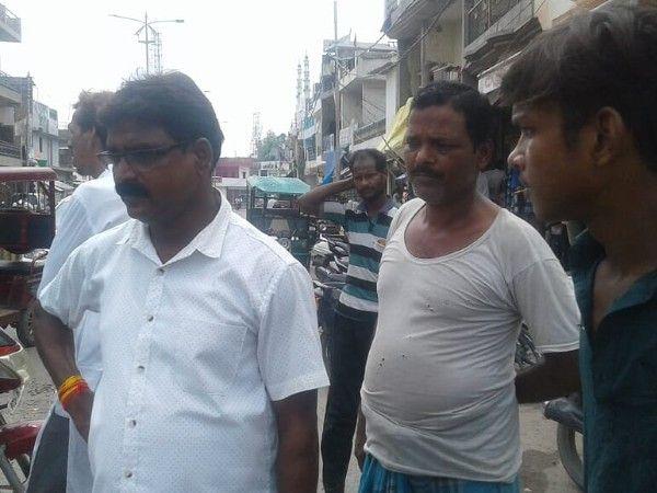 नाम : अनिल कुमार भारतीय पद : पार्षद प्रतिनिधि (बसपा),चक निरातुलवार्ड-28(प्रयागराज) नवप्र