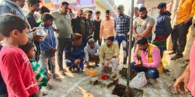 न्यू हैदरगंज वार्ड के पालीपुरम क्षेत्र में किया सबमर्सिबल का उद्घाटन