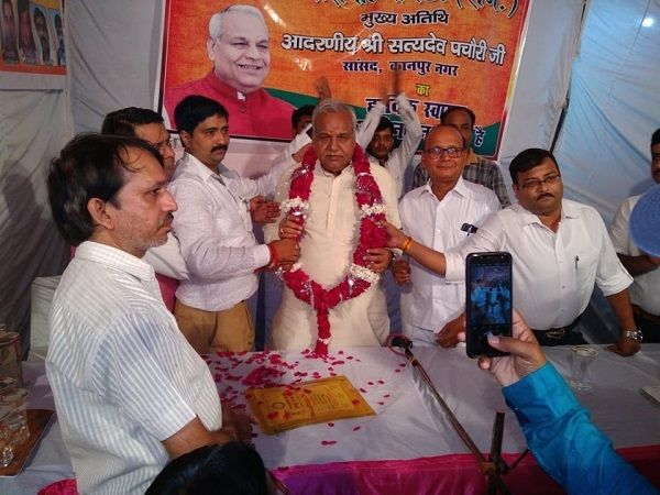 नाम - अनिल वर्मापद - पार्षद (भाजपा), वार्ड- 55,