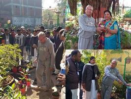 लखनऊ में पूर्व पार्षद ने चेयरपर्सन व जनप्रतिनिधियों को पौधों व पेड़ों की जानकारी दी